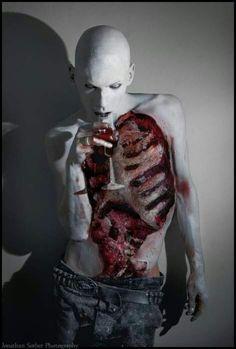 WOW! Killer body paint!
