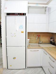Кухни на заказ: Кухня МДФ Hi-Gloss в стиле модерн.