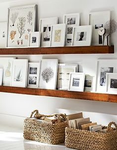 6 Ways to Set Up a Gallery Wall Pinned by SummerSunHomeArt || Home Decor DIY, Home Decor on a Budget, Apartment Decorating on a budget, Apartment Decorating College, Dorm Room Ideas, Dorm Room Decor, Dorm Decor, Tumblr Room Decor DIY, Boho Chic Decor, White Aesthetic, Modern Vintage, Interior Decorating, Scandinavian Interior, Nordic Interior, Home Office Ideas, Workspace, Desk Ideas, Bathroom, Kitchen, Small Space Living, Rustic Home Decor, Rustic Decor, Minimalist Home