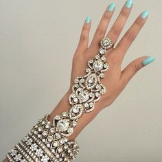 'Hath phool' Indian bangle attached to ring on one finger ☻. ☺. ☺  ☺