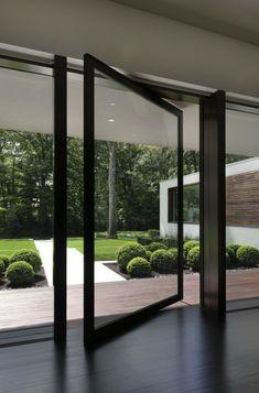 porte pivotante design en verre