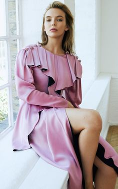 Meet Jodie Comer, the Doctor Foster mistress starring in this year's most fashionable TV show - Celebs Beautiful Celebrities, Beautiful Actresses, Pretty People, Beautiful People, Beautiful Females, Dr Foster, Jodie Comer, British Actresses, Woman Crush