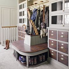 Design yourself a well-organised boot room with plenty of practical storage to act as a stylish transitional space for just-out-of-the-rain coats and muddy wellies Interior Design Living Room, Living Room Designs, Living Room Decor, Country Interior Design, Interior Design Kitchen, Bench With Storage, Storage Benches, Small Room Bedroom, Bedroom Ideas