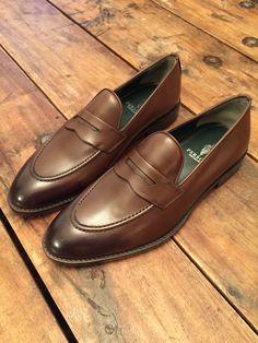 Footwear - Persona Experience