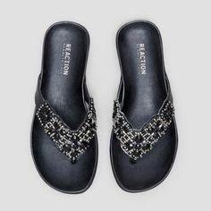 Amazon.com | Kenneth Cole REACTION Women's Glam-a-thon Flat Sandal | Flip-Flops