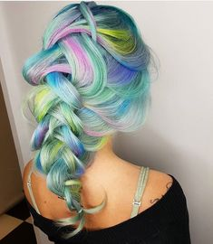 @hairbymisskellyo is the artist... Pulp Riot is the paint. #pulpriothair #pastelhair #braid