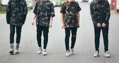#Yeezy game going strong with #teamberlin  #snkrvietnam #snkrvn #sneakervietnam #sneakers #sneakersaddicted #sneakerhead #shoegame #kicks #sneakerscommunity #sneakersculture #yeezy350 #yeezy950 #yeezyseason1 by snkrvn