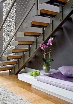 Empresa de puertas de madera y puertas lacadas, armarios, tarimas, cocinas, diseños a medida, todo tipo de complementos para tu hogar y empresa