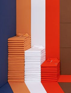 <p>In this series, photographer Mirka Laura Severa features the seasonal colors of the LACOSTE AW 14/15 collection.   The photographs depict the classic and known polo shirt shape transformed int