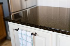 Here S How You Can Make Your Own Disinfectant And Clean Granite Countertops Without Ing A