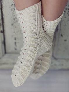 These pretty woman's lace socks in Novita 7 Veljestä Brothers) yarn feature a popular lace stitch pattern. Baby Knitting Patterns, Lace Knitting, Knitting Socks, Knitting Needles, Lace Socks, Wool Socks, Knitting Videos, Knitting Projects, Sock Toys
