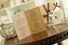 O cardápio acompanhou a mesma padronagem gráfica e tipográfica do convite de casamento.
