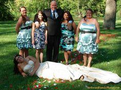 When Wedding Photos Go Wrong Returns!