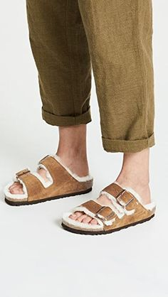 Le Fashion: These Birkenstock Shearling Sandals Are Perfect for Fall