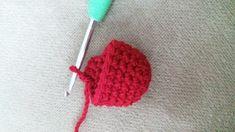Amigurumi - Motifli Emine Bebek Yapımı - Örgü Modelleri Knitted Hats, Crochet Hats, Cut The Ropes, Baby Knitting Patterns, Amigurumi Doll, Crochet Animals, Eminem, Kawaii, Colorful Flowers