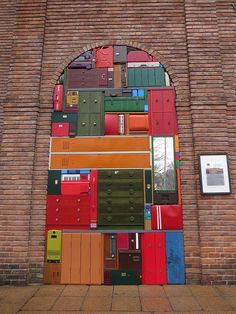 Familiar Abstractions Michael Johansson (S) Vigeland-museet, Oslo Installations After seeing Johansson's work in Stavange. Mondrian, Display Design, Art Plastique, Visual Merchandising, Installation Art, Sculpture Art, Contemporary Art, Art Photography, Street Art