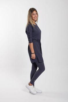 Zusss-sjiek-jurkje-met-ceintuur-nachtblauw-model3