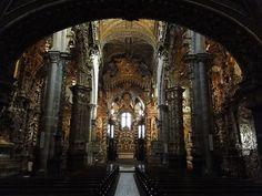 La Talha Dourada all'interno della chiesa - il blog ospita molte foto dell'interno.