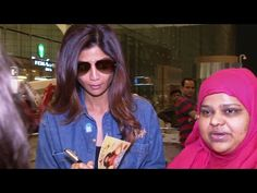 Shilpa Shetty gives AUTOGRAPH to her fan while leaving for IIFA awards 2016.