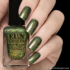 A gold glittery holo goodness in an emerald green base is the nail polish you will love on your nails. Fully opaque in coats! Fun Lacquer, Finger, Gel Nail Designs, Green Nails, Tips Belleza, Nail Polish Colors, Manicure And Pedicure, Toe Nails, Beauty Nails