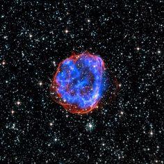 Nuvem de Magalhães  Explosão de uma estrela em uma galáxia próxima à Via Láctea deixa rastros.