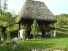 Atelierul de arhitectură: Moara lui Victor Cordea, Ponor, jud. Alba Old Country Houses, Old Houses, Visit Romania, Vernacular Architecture, Unusual Homes, Historical Pictures, Little Houses, Log Homes, Traditional House