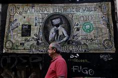27 υπέροχα graffiti και συνθήματα στους τοίχους της Αθήνας της κρίσης