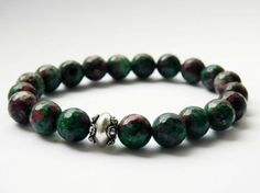 Bracelet with Ruby Zoisite and Silver 925 Bali bead. by MUSAjewels