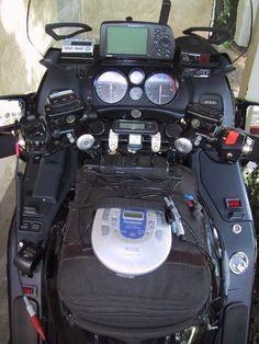 Honda Motorcycles, Cars And Motorcycles, Moto Car, Rally Raid, 1st Responders, Classy Cars, Man Cave Garage, Street Bikes, Motorcycle Accessories