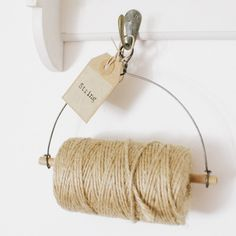 Make your own string dispenser for a useful must have in the craft room Hemptique Hemp twine. Make your own string dispenser for a useful must have in the craft room Craft Room Storage, Craft Organization, Organizing, Diy Projects To Try, Craft Projects, Coin Couture, Creation Deco, Ideias Diy, Sewing Rooms