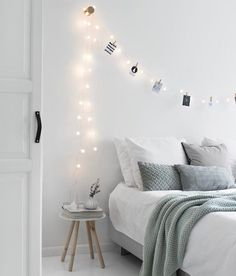 You only have to look at the reviews from our customers on the website to verify how amazing the Mulberry Threads Co bamboo bedding is. Available online in platinum steel and white!  Bedroom goals via @tanjavanhoogdalem