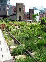 High Line, NYC (Vilseskogen) Tags: park new york city nyc railroad urban usa green abandoned public train garden high track gardening space creative commons line use restored elevated planting alternative raised vilseskogen