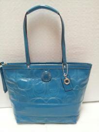 FREE SHIP - NWT! COACH Patent Leather Medium Stripe Stitched Green / Mermaid Aqua Tote Bag F19198