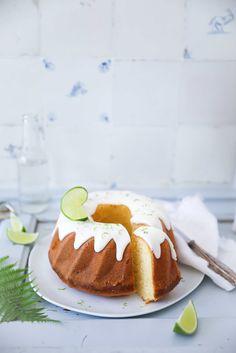 Gin Tonic Kuchen mit Limette - Gugelhupf Gin Tonic Cake Bundt Cake lime cake