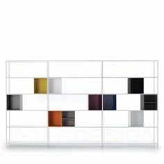 Het Minima 3.0 Opbergsysteem van MDF Italia, van de ontwerpers Bruno Fattorini & Partners, is de nieuwst aanwinst van MDF Italia op het gebied van opbergen. De 3 staat voor de 3 sleutelelementen waarmee je een kast op kunt bouwen; de planken, het frame en de kastjes. De 3.0 is de make-over van de voorgaande Minima welke uitgegroeid is tot een waar icoon.   Het frame van de Minima bestaat uit een structuur van slechts 15 mm dik. Hoewel dit minimaal klinkt levert het systeem zeker niet op ...