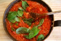A wonderful and versatile tomato and basil sauce with just a touch of nutmeg from Relish Mama. Basil Sauce, Meatless Monday, Thai Red Curry, Salsa, Touch, Cooking, Ethnic Recipes, Food, Kitchen