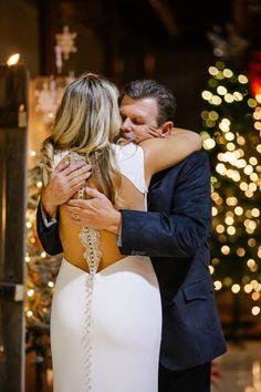 Simple Elegant Cap Sleeves Beading Back Wedding Dresses, How To Make Shoes, Long Wedding Dresses, Famous Brands, Dress Backs, Dream Dress, Dress Making, Cap Sleeves, Bodice, White Dress