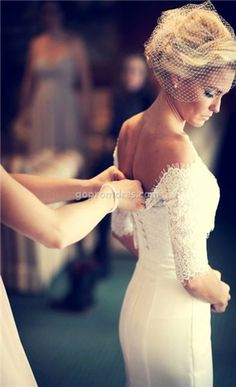 beautiful. in love with the short veil