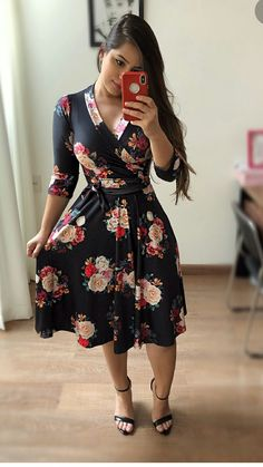 133 spring dresses you will definitely want to save – page 40 Trend Fashion, Floral Fashion, Work Fashion, Modest Fashion, Fashion Dresses, Womens Fashion, Swing Dress, Dress Skirt, Dress Up