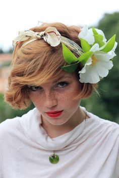 Cute headband with flower & red hair with bright red lips