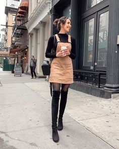 36 Perfect Winter Outfit Ideas With Skirts Keep Warm 15 Trendy Autumn Street Style Outfits For This Year - fall outfits Simple Fall Outfits, Stylish Winter Outfits, Winter Dress Outfits, Winter Fashion Outfits, Fall Winter Outfits, Look Fashion, Trendy Outfits, Autumn Fashion, Casual Winter