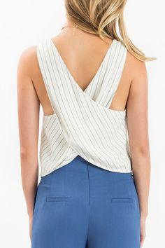 Unique Tops, Fall Fashion, Women's Outfit Inspiration, Women's Boutique