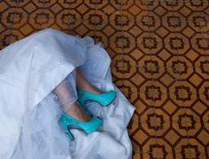Wedding shoes ♥ Bride shoes ♥ Sapato de noiva ♥ #lapupa #bride #weddingshoes #shoes #handmade #handpainted #bride #vestidodenoiva #art #artshoes #brideshoes #weddingshoes #noiva #sapatodenoiva #wedding #inspiration #design #designshoes #bridal #bridalshoes #casamento #sapatos #sapato #pic #fotografia #photografy #tiffany  www.lapupa.com.br