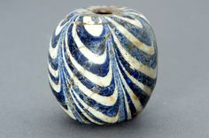Indonesian Antique Glass Beads | Karun Collection www.karuncollection.com1000 × 665Buscar por imágenes Indonesian Antique Glass Beads