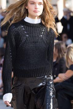Isabel Marant - Paris Fashion Week / Spring 2016 Model: Anna Mila Guyenz