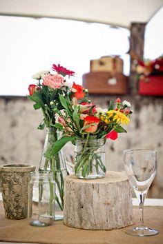 I enjoy the mason jar vase and tree stump Wedding Table, Rustic Wedding, Garden Wedding, Tree Stump Table, South African Weddings, Mason Jar Vases, Wedding Decorations, Table Decorations, Centerpieces