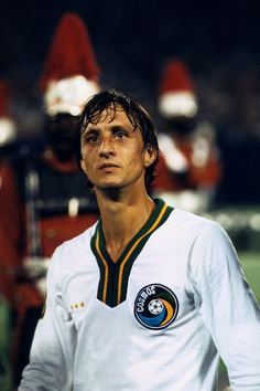 Johan Cruyff, New York Cosmos Lo amo New York Football, Football Icon, Best Football Players, Retro Football, Football Design, Football Photos, World Football, Football Kits, Vintage Football
