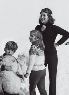 Jackie Kennedy with the children John & Caroline