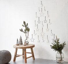 Ikonický stromček ideálny do Nordic Interior, Interior Design, Xmas 2015, Christmas Interiors, Holidays And Events, Merry Christmas, Candle Holders, Candles, Home Decor