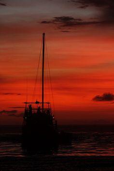 Aileoita Yacht Charter cruising off into an amazing Mentawai #sunset